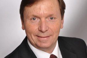 Dr. Peter Berg, Consultant