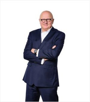 Christoph H. Vaagt Team law firm change Consultants